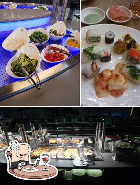 Comida en SHANGRI-LA ASIA FOOD CITY