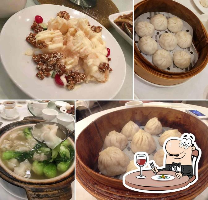 Meals at Shanghai River