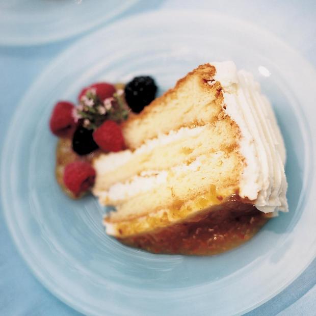 Cloudberry cake