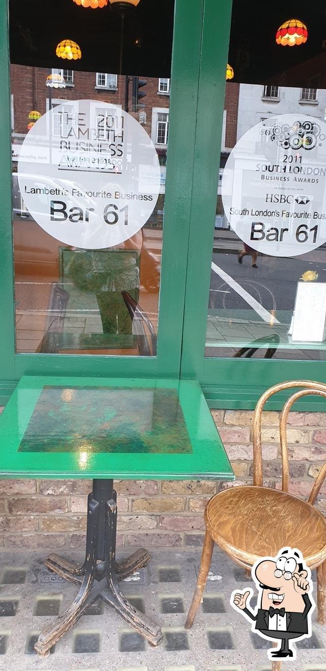 Посмотрите на внутренний интерьер Bar 61