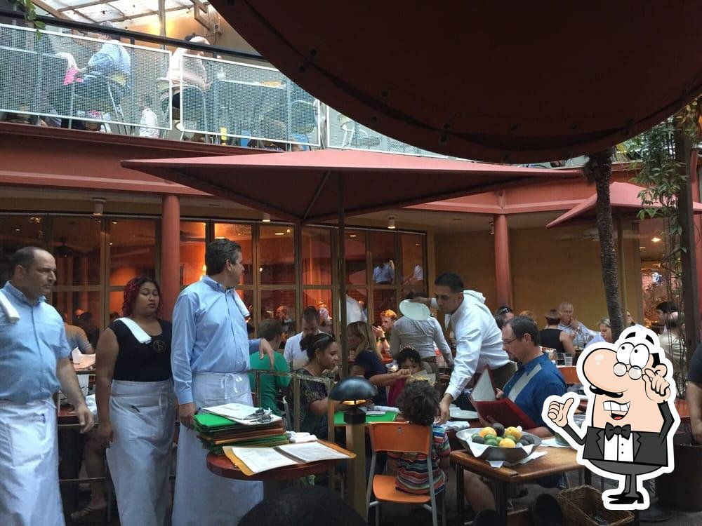 Check out how Boudro's looks inside