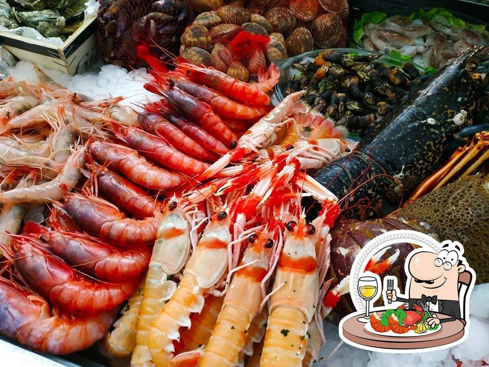 Отведайте блюда с морепродуктами в Bar - Restaurante El Cateto