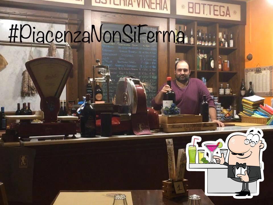 Osteria Vineria Il Borgo foto
