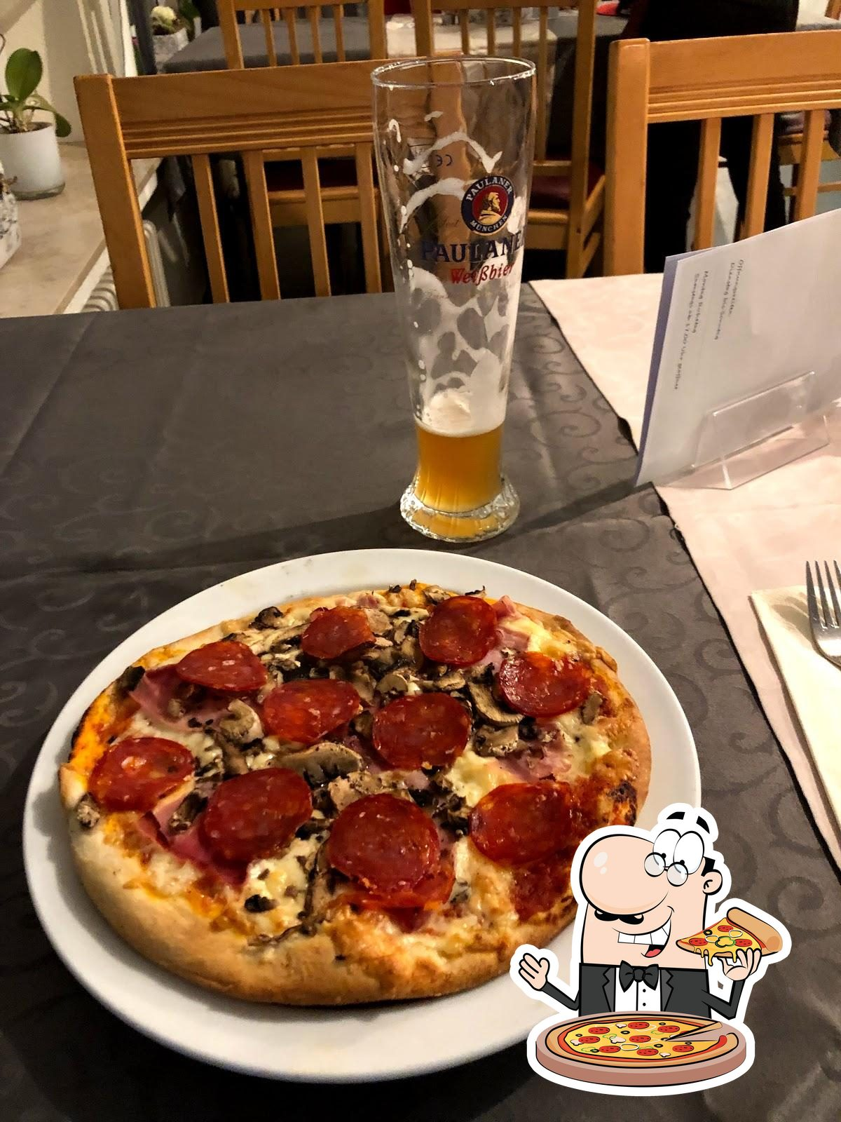 Bei Pizzeria Santa Lucia könnt ihr Pizza probieren