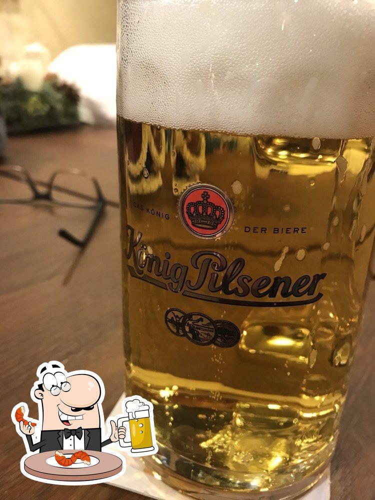 Genießt ein kühles Bier am Ende des Tages