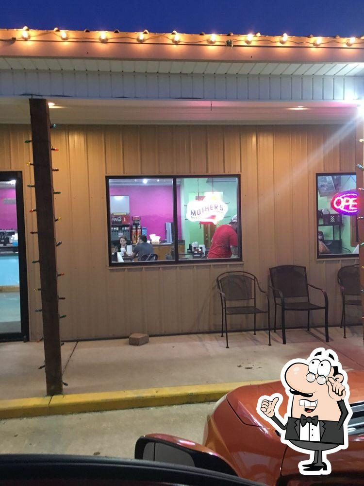 Check out how Sugarfoot BBQ looks inside