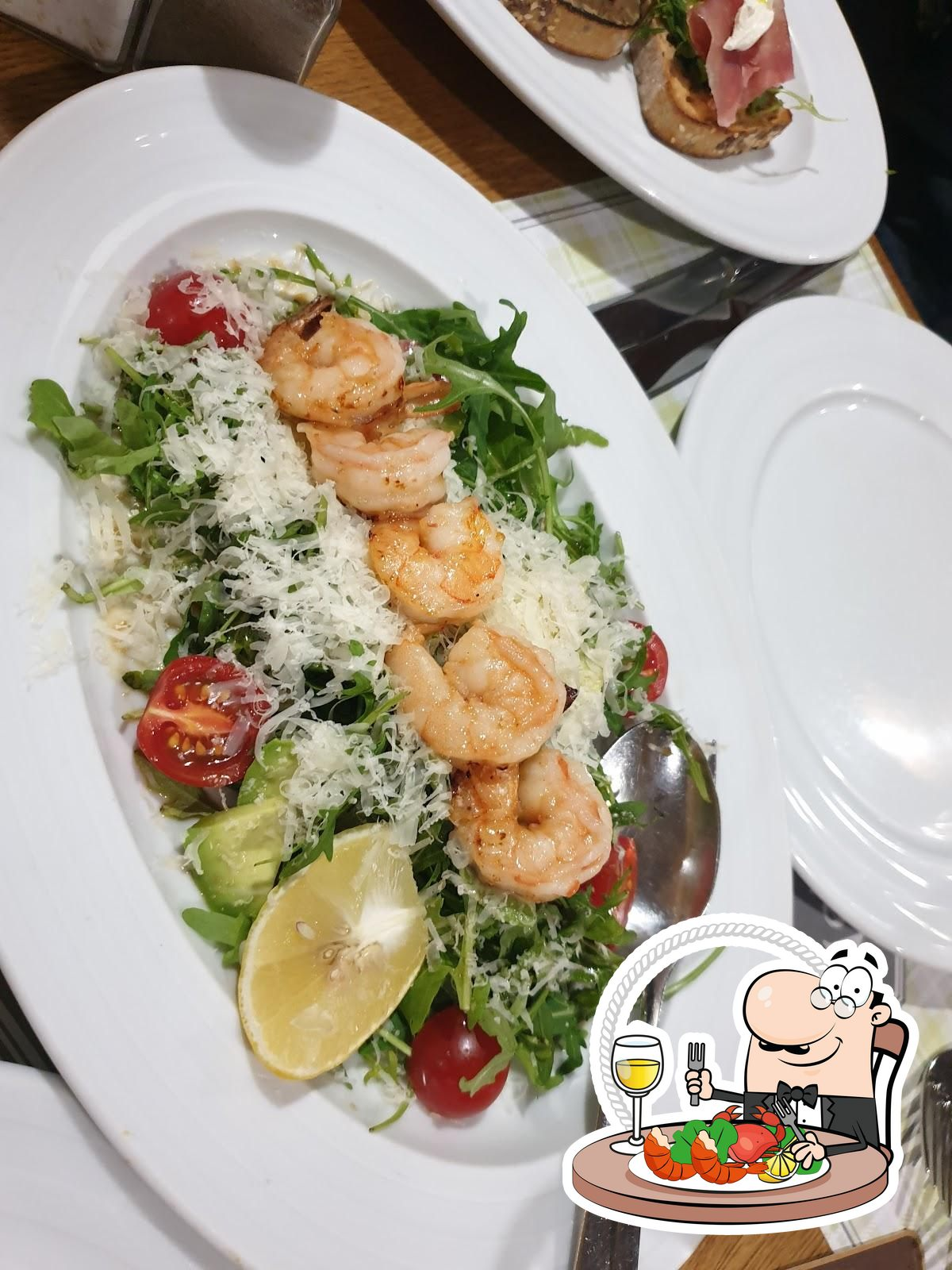 The guests of Very Well Cafe can try different seafood meals