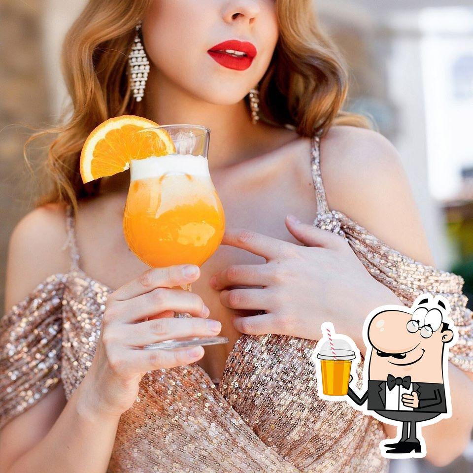 Вилла Тоскана Ресторан предоставляет гостям большой выбор напитков