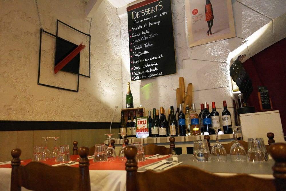Попробуйте вино в La Manne