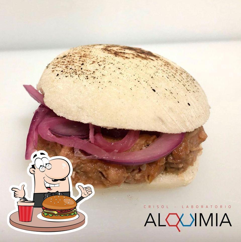 Invítate a una hamburguesa en Alquimia