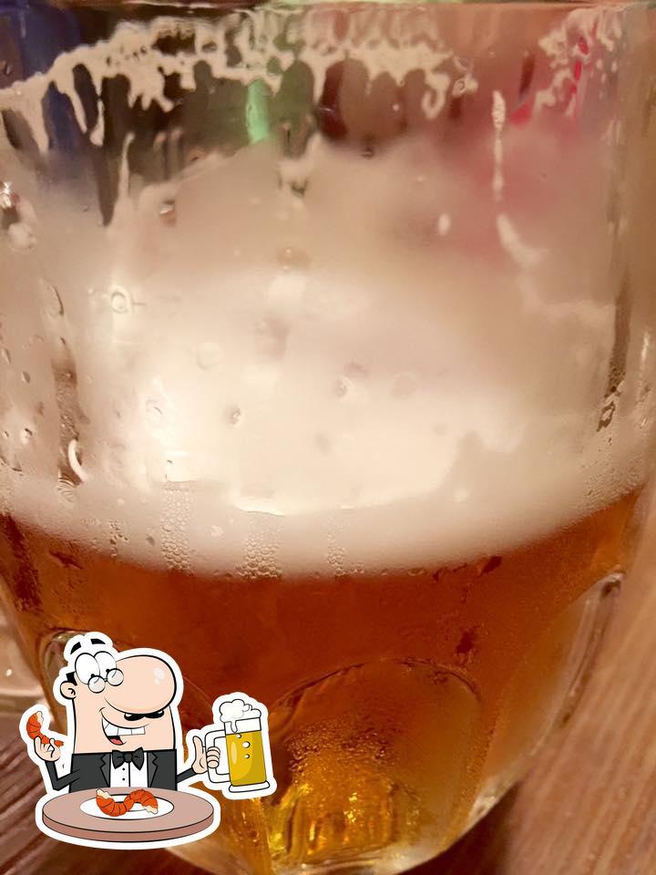 Pídete una cerveza con la cena