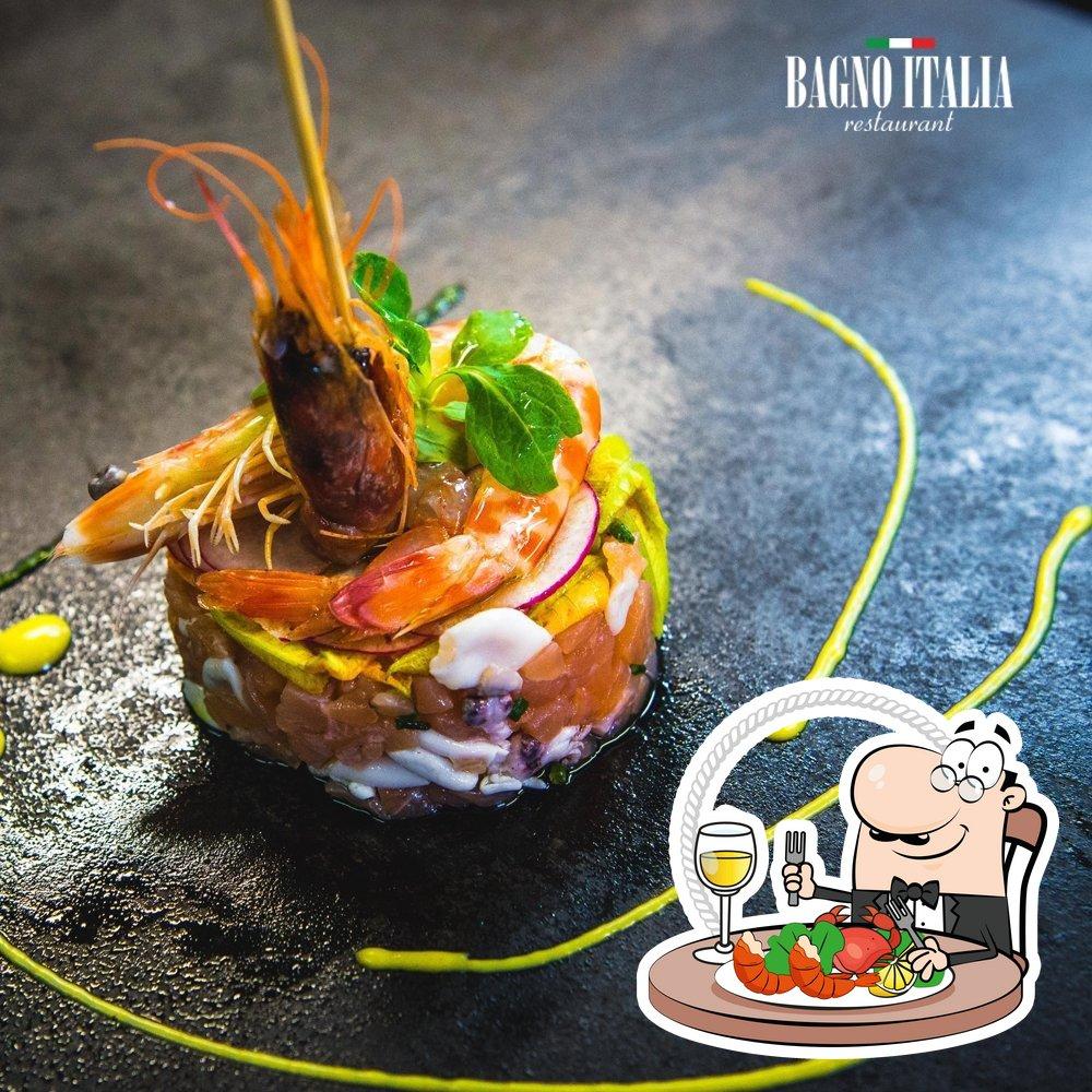 Order seafood at Ristorante Bagno Italia