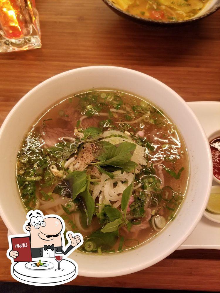 Food at Xich Lo