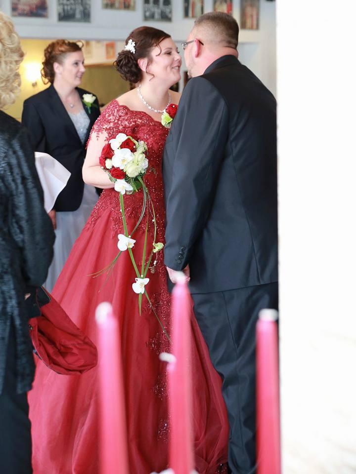 Gasthaus Roddeman propose un espace pour recevoir un banquet pour un mariage