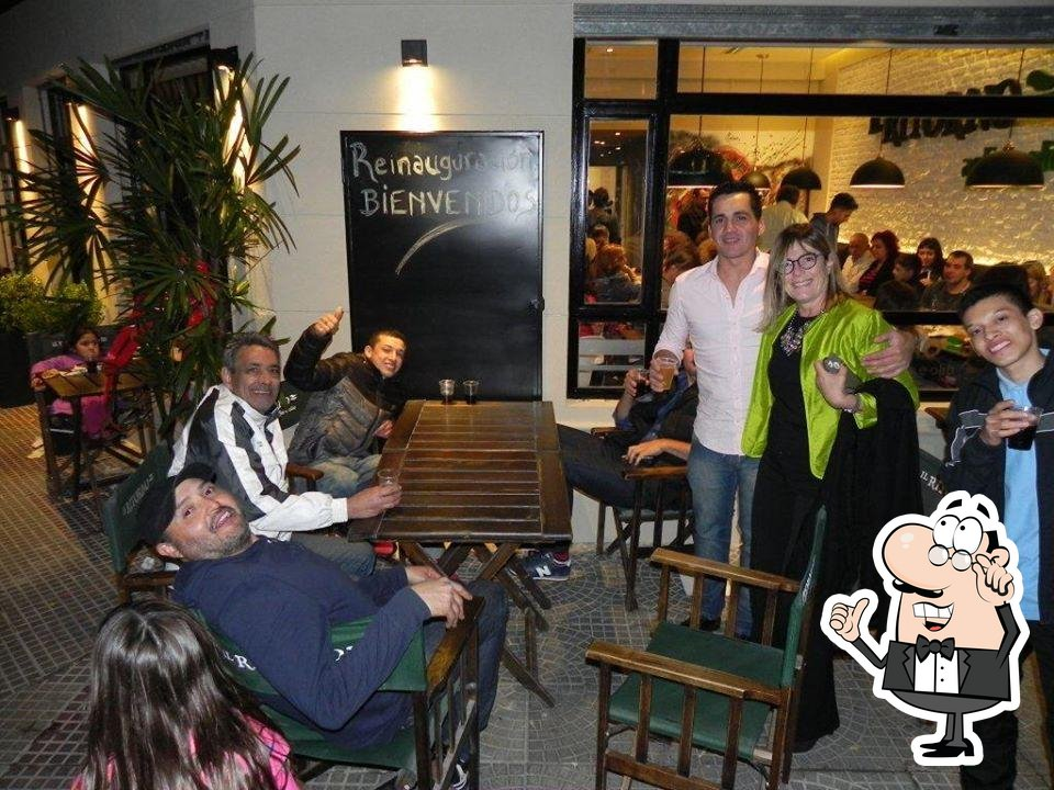 Check out how Pizzería Il Ritorno looks inside