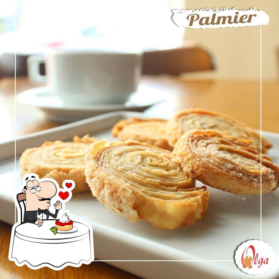 Não esqueça de experimentar uma sobremesa no Olga Pão de Queijo