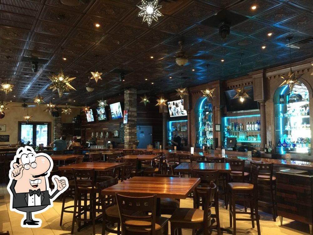 Check out how Cantina 109 looks inside