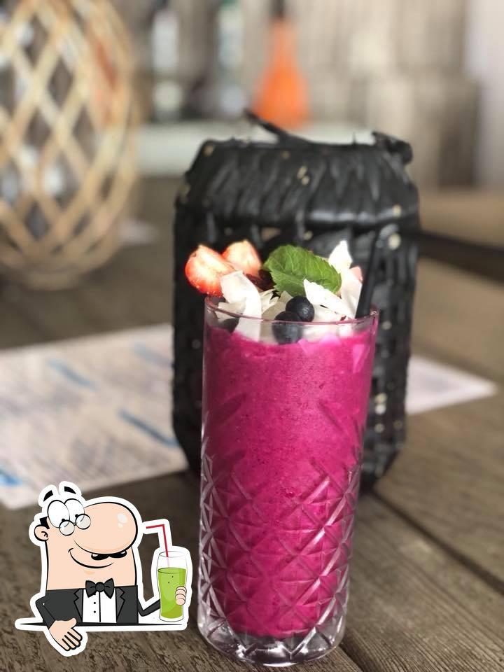 Comprueba las distintas bebidas a tu disposición en Goa Restaurante