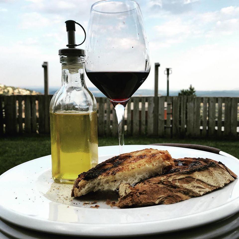 Попробуйте вино в La Cabana Berga