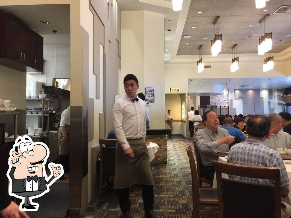 Check out how Shanghai River Restaurant looks inside