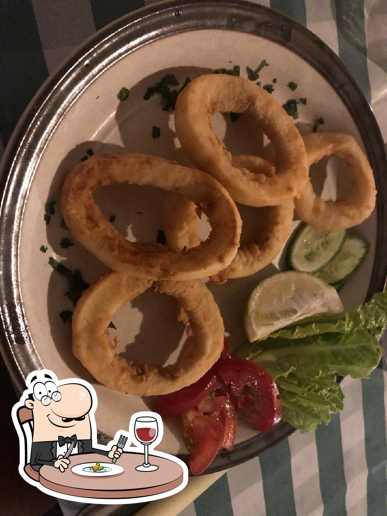 Блюда в Stamna Tavern