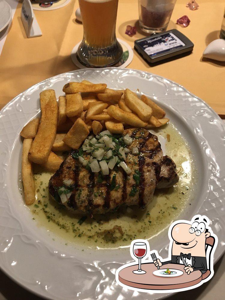 Meals at Benders