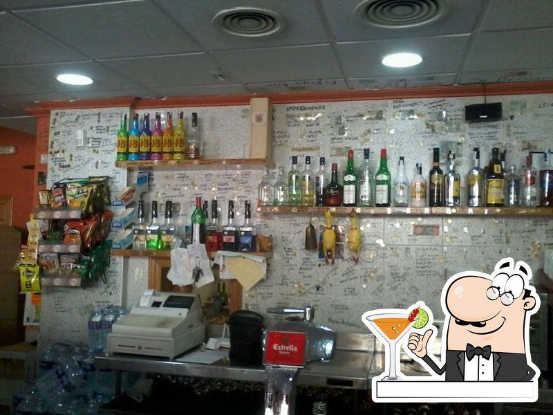 Quítate la sed con una bebida en Restaurante Luisy