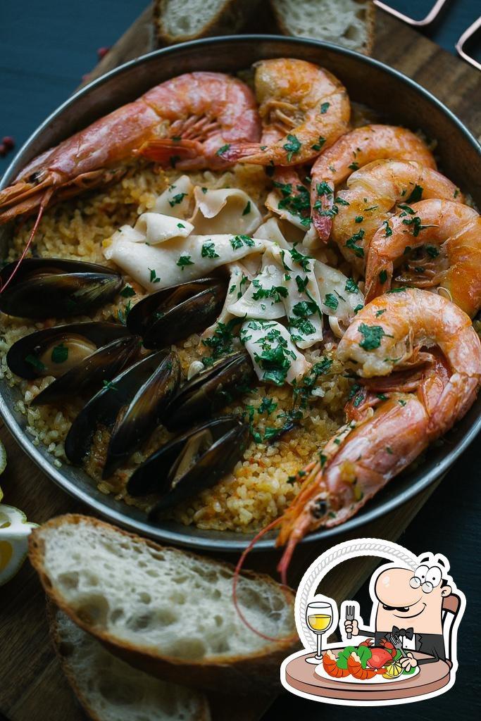 Попробуйте блюда с морепродуктами в Мамас Тапас