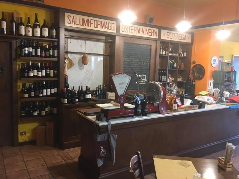 Assaggia il vino di Osteria Vineria Il Borgo