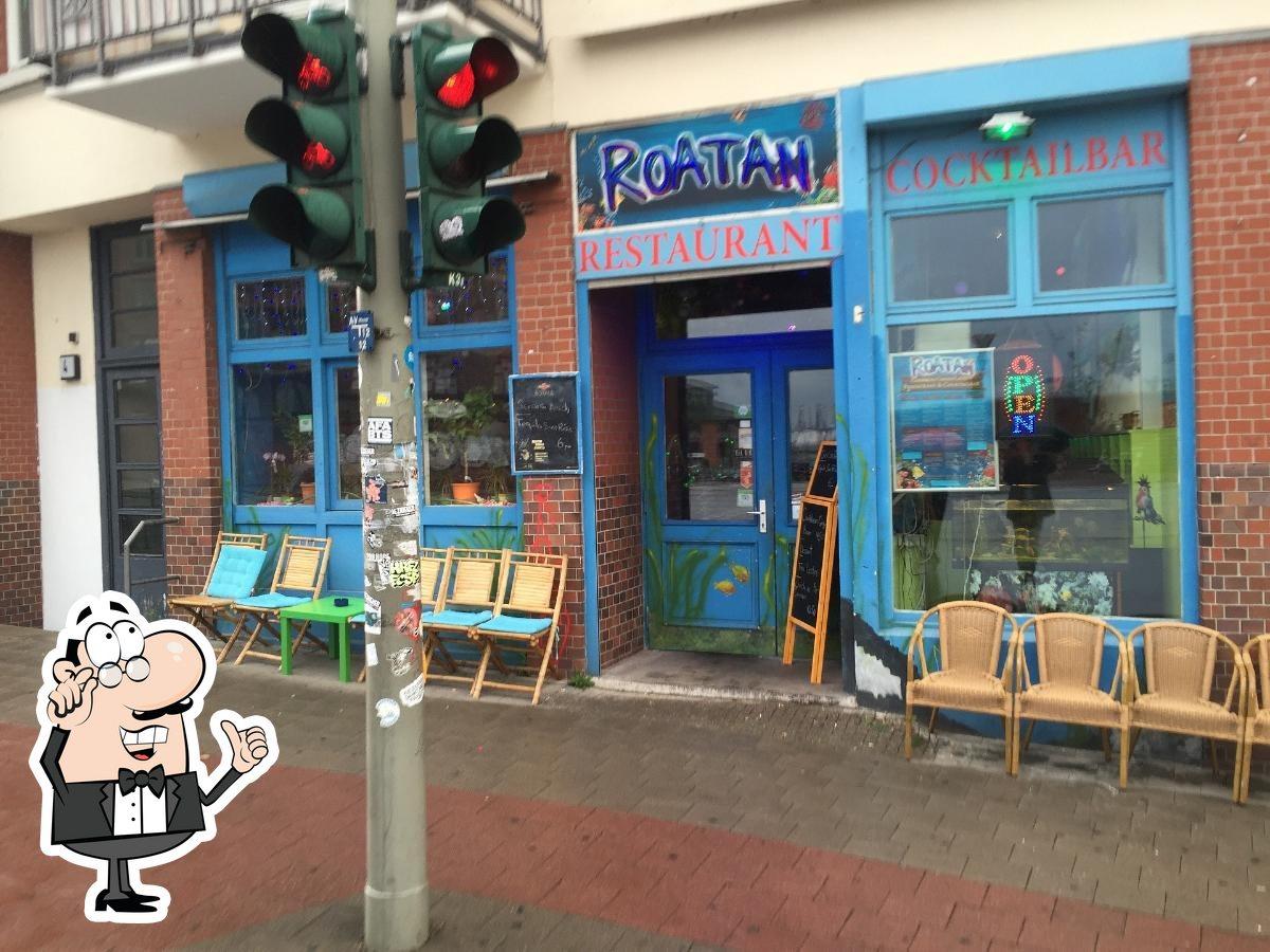 Die Inneneinrichtung von Caribbean Restaurant Roatan UG