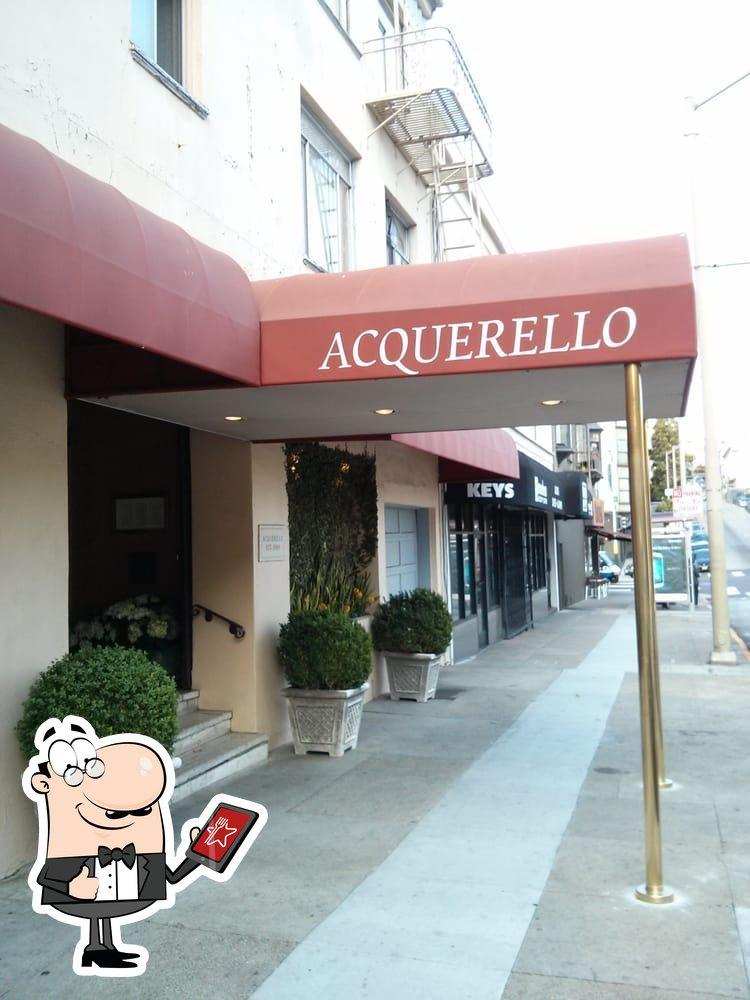 Наслаждайтесь видом , который открывается из Acquerello
