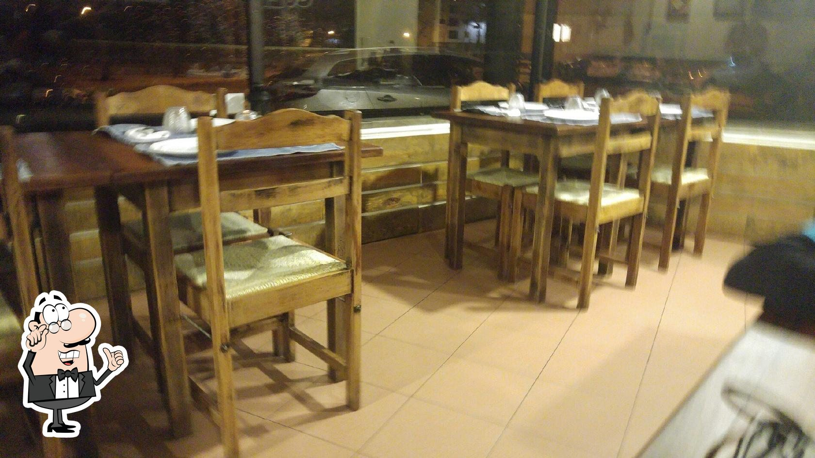 Забронируйте столик в La Lombonera