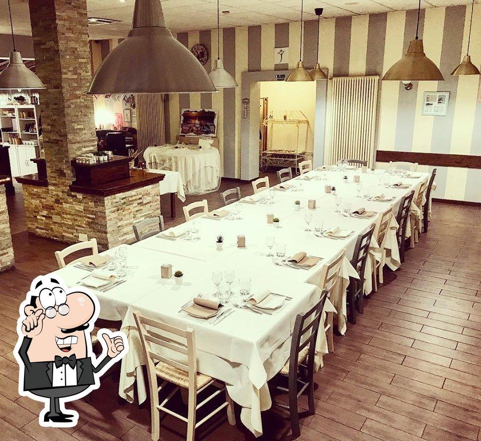 Check out how Lo Scalo Dei Sapori looks inside