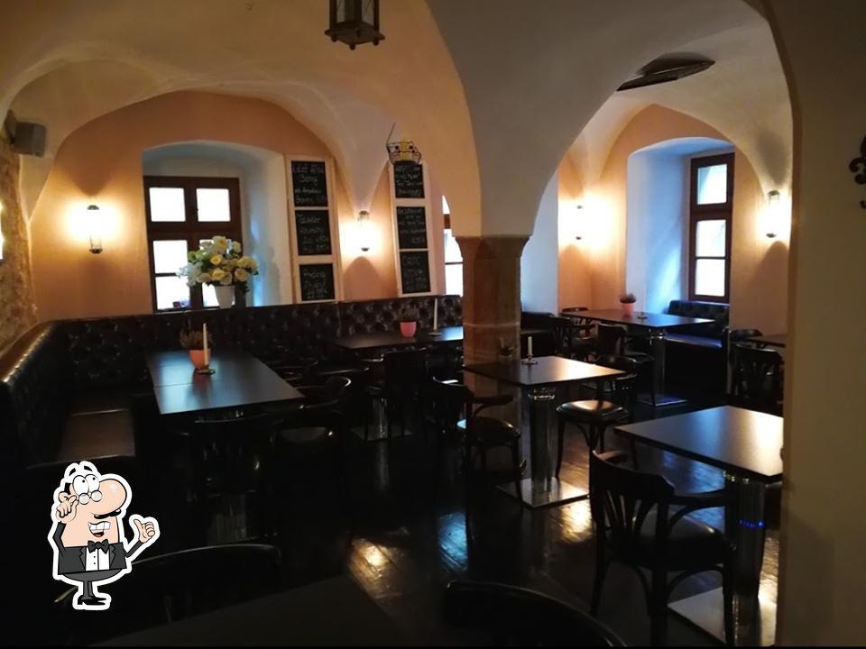 Schaut euch an, wie Vito Restaurant Cafe Bar drin aussieht