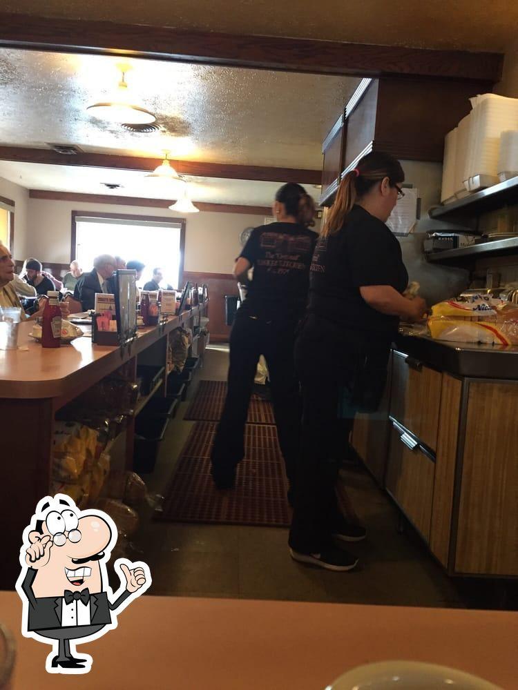 Yankee Kitchen Restaurant In Vienna Center Restaurant Menu And Reviews