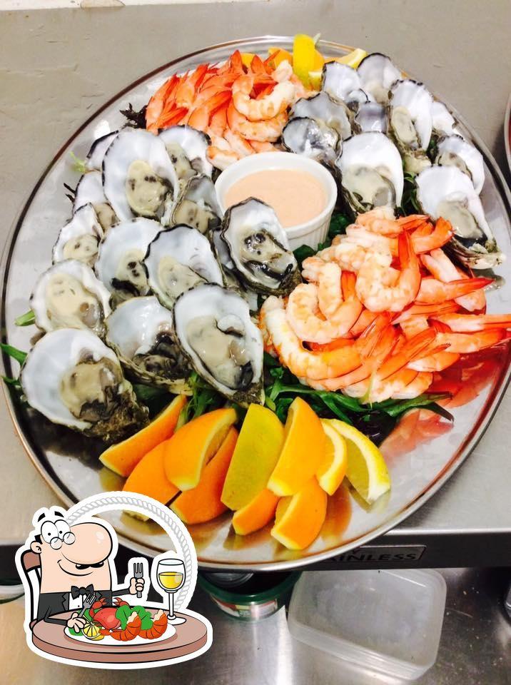 Order seafood at Nol-Si