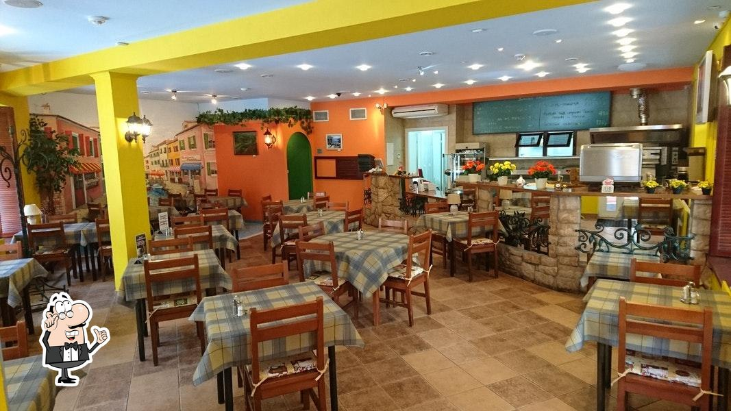 Check out how Pronto PIZZA e PASTA looks inside