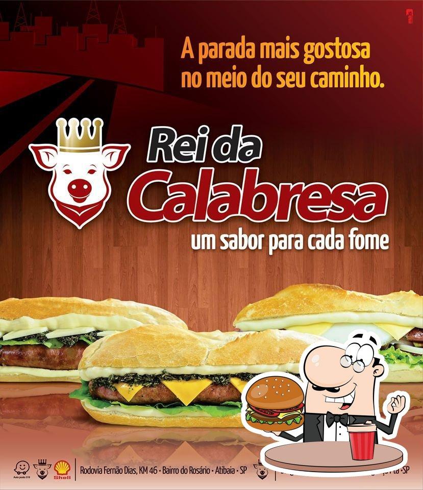 Peça um dos hambúrgueres disponíveis no O Rei da Linguiça