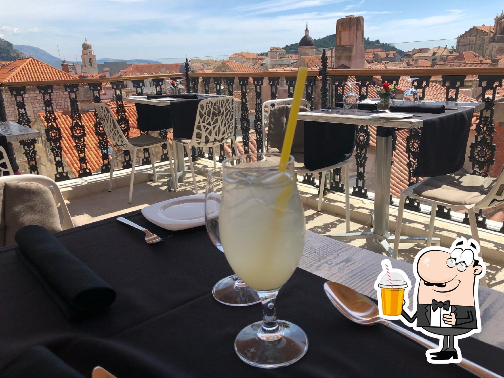 Prova i tanti drink disponibili dal ristorante Stara Loza