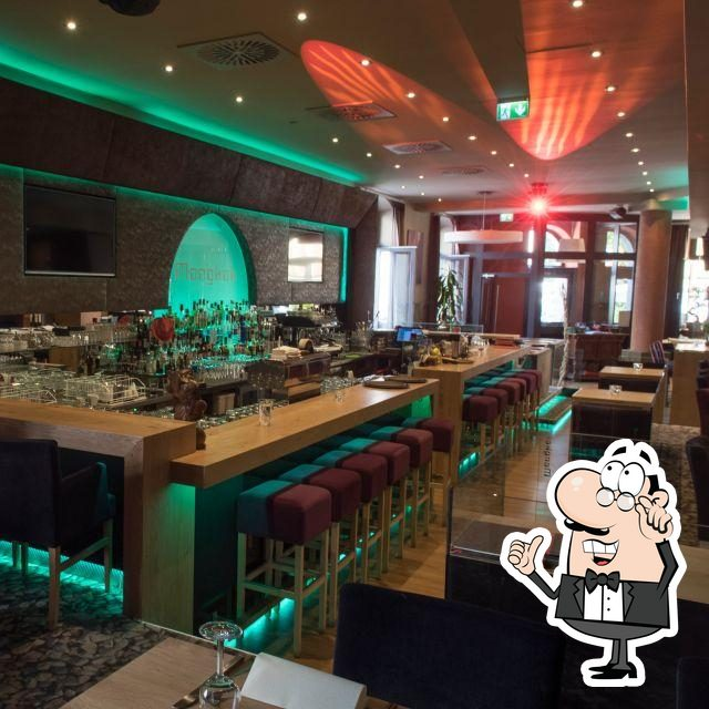 Check out how Mongkok 旺角餐厅 looks inside