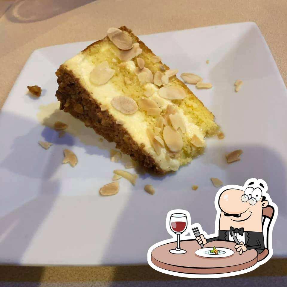 Comida en Cafe Paprika