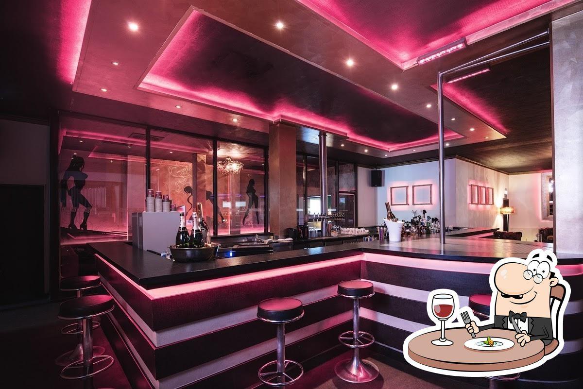 Sauna frankfurt fkk club Frankfurt striptease