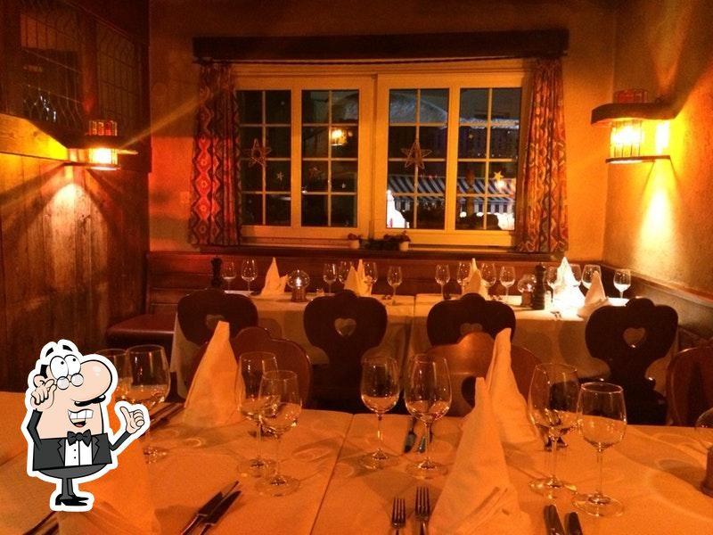 Dai un'occhiata agli interni di Stockhorn Grill