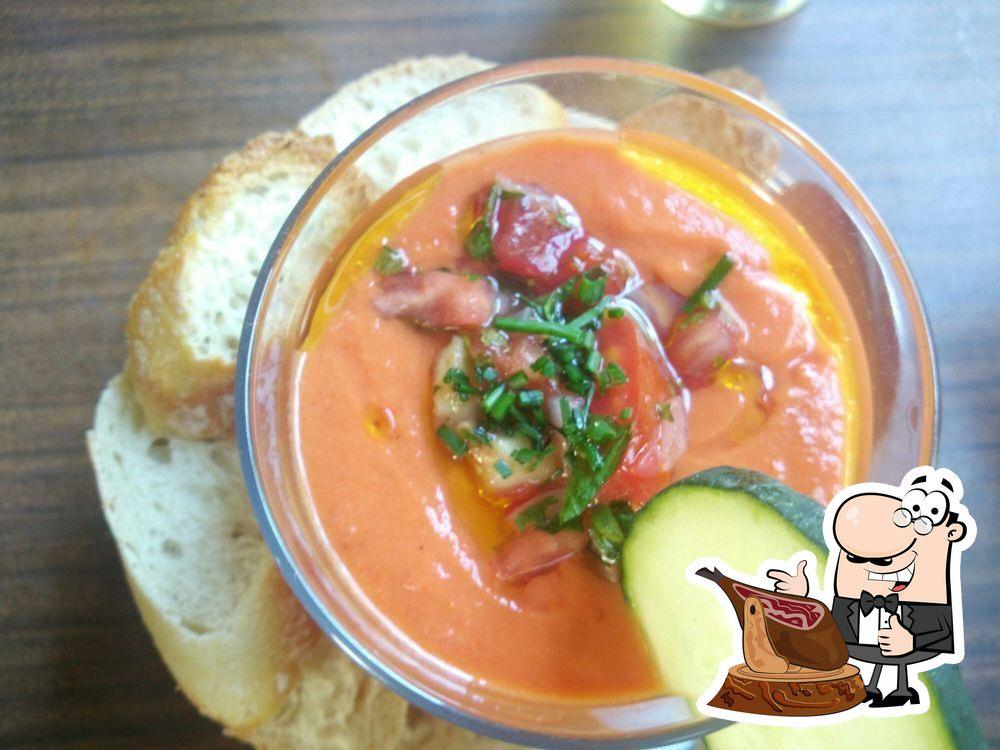 Comida en Café Pavón