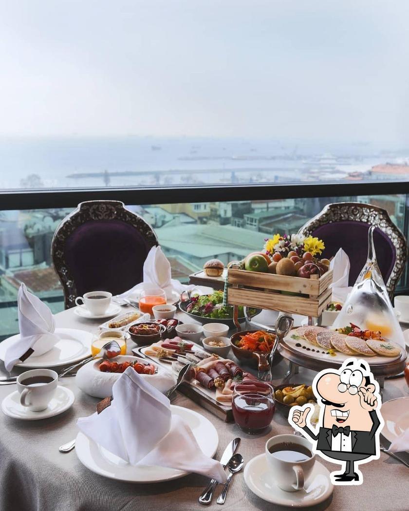 Поесть с видом на Босфор