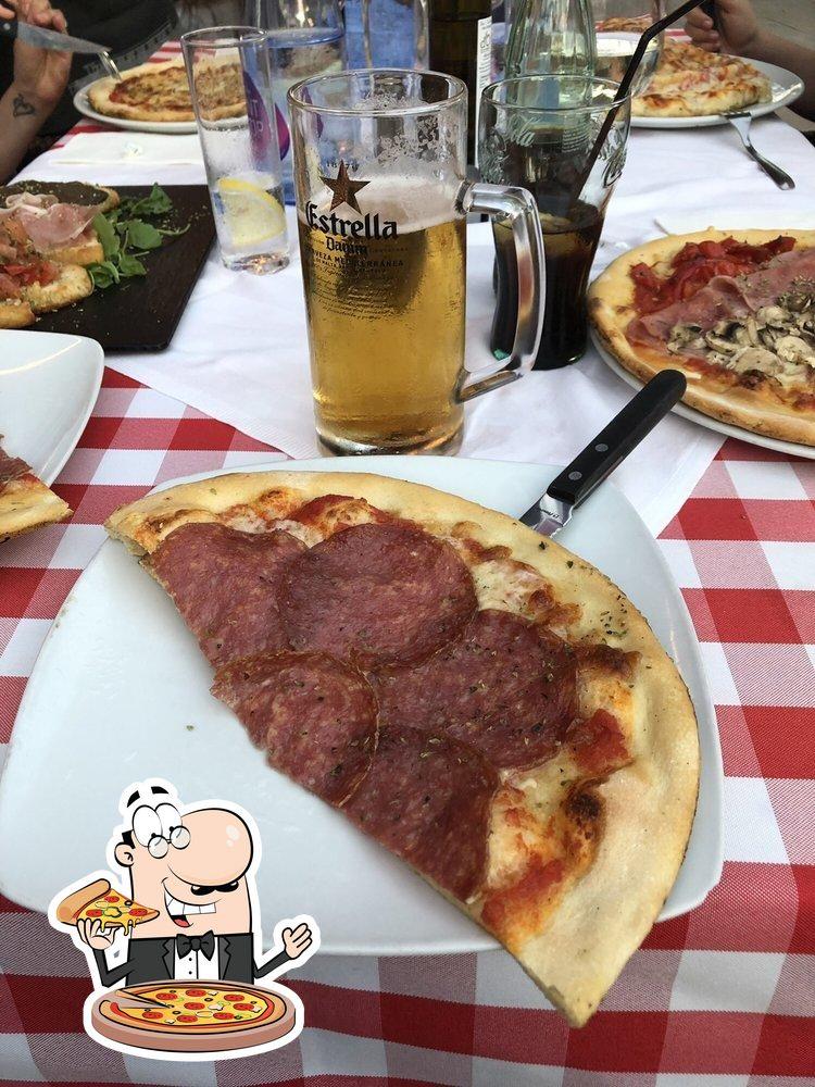 Disfruta de sus distintos modelos de pizza