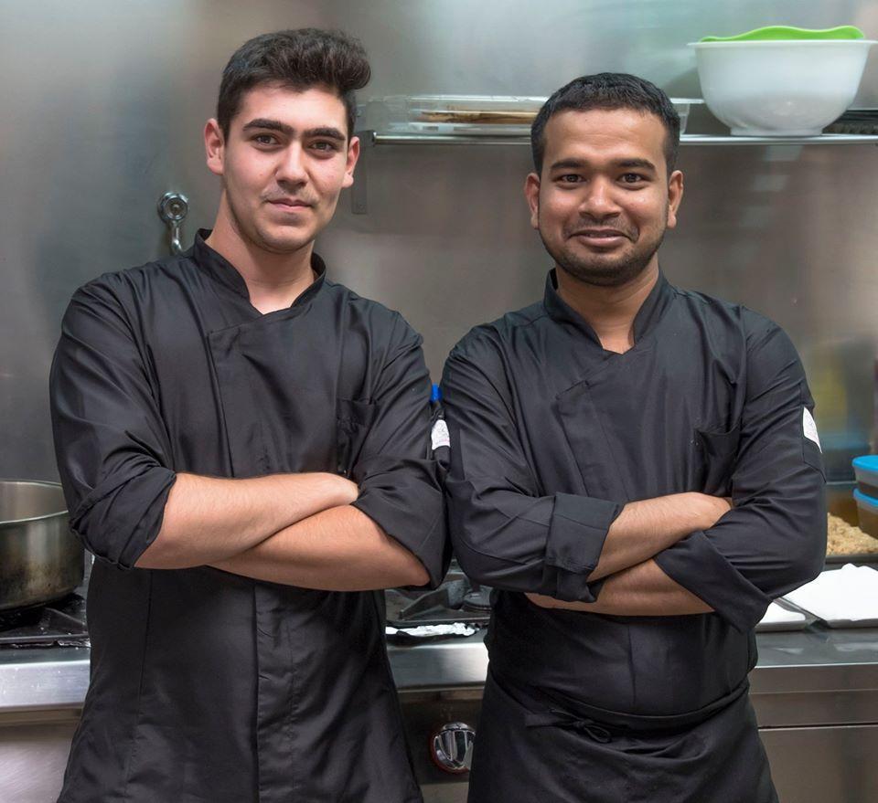 Goditi i piatti preparati dallo chef
