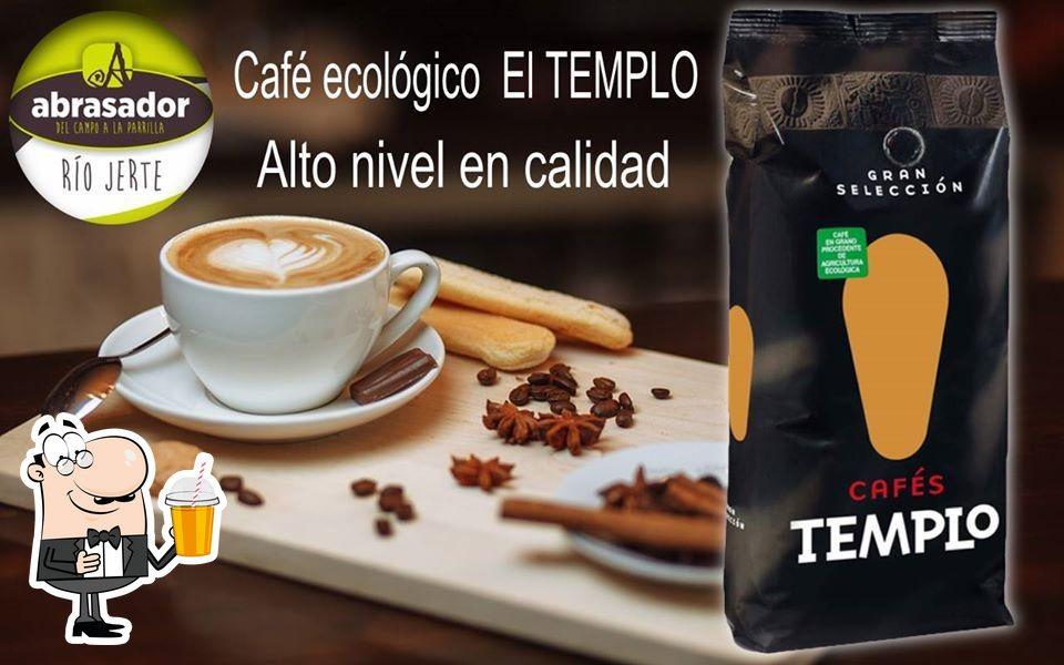 Restaurante Abrasador Río Jerte te ofrece diferentes bebidas