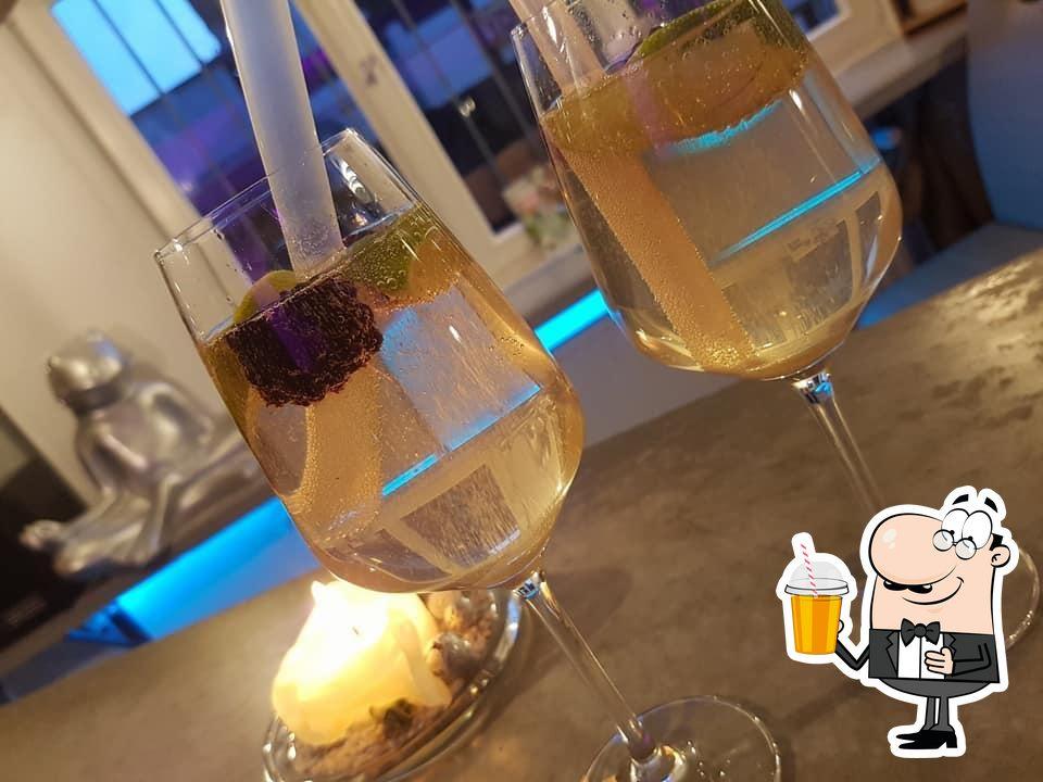 Genießt ein kühles Getränk im Seligmacherei