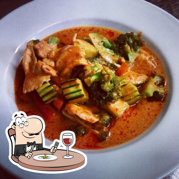 Еда в Kin Thai